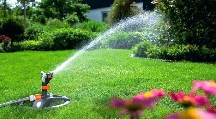 Lawn & Garden Watering Products Market